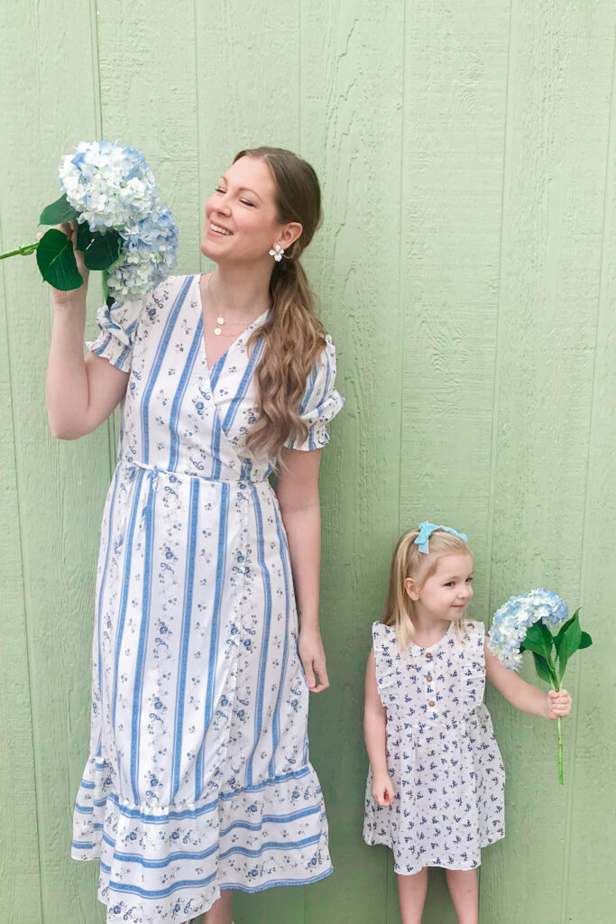Blue & White Floral Dress 4